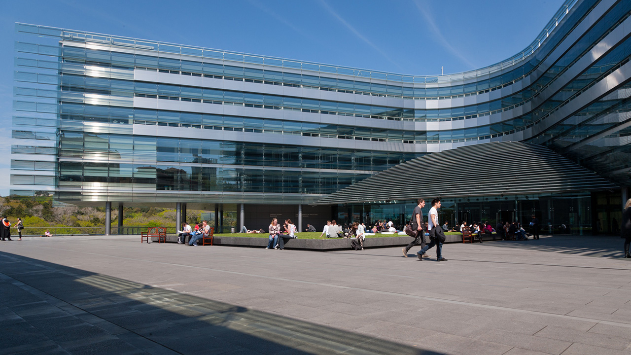 university-of-auckland-business-school-building