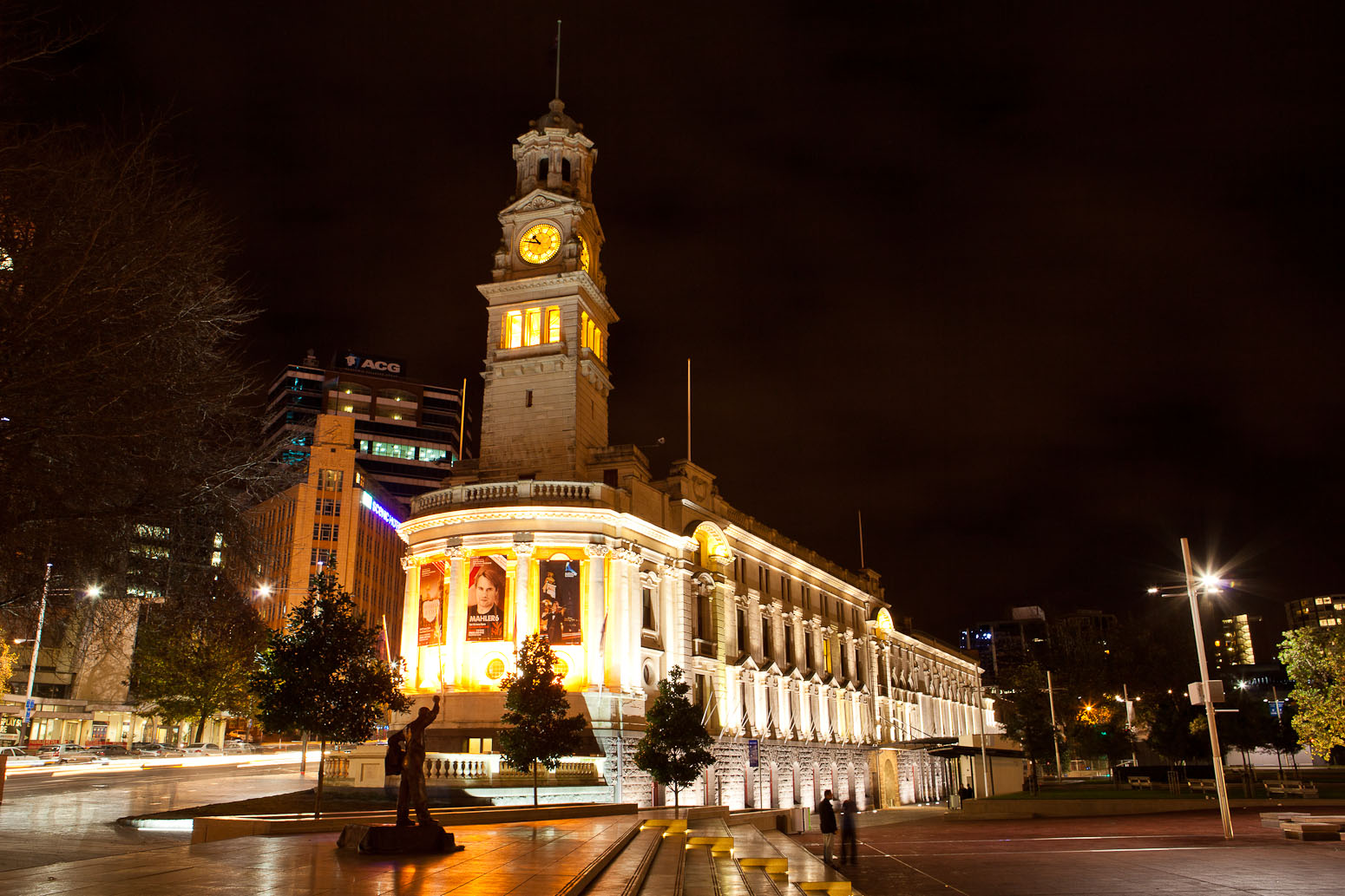 Auckland-Town-Hall-outside-1