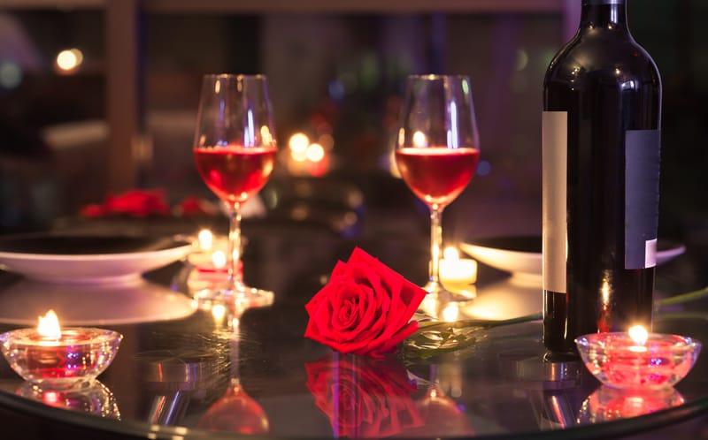 Valentines-Day-Dinner0_c8bd759b-5056-a36a-0664b3fad070930c