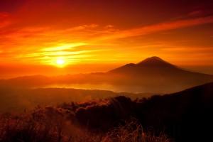 sunrise-5463x3642-dawn-mountains-5k-5374